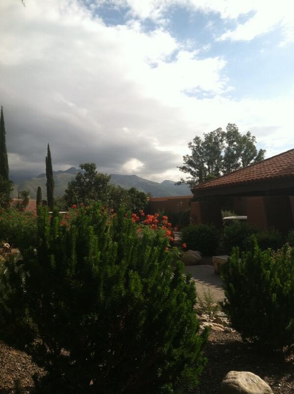 Good morning Tucson! http://t.co/ul3P2ByQJy