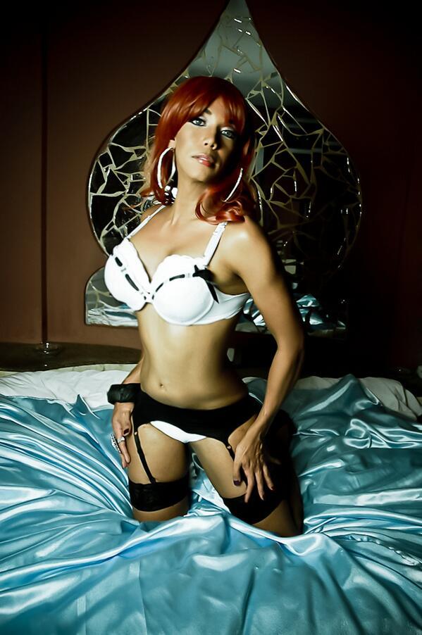 Barbara Rey Nude Photos