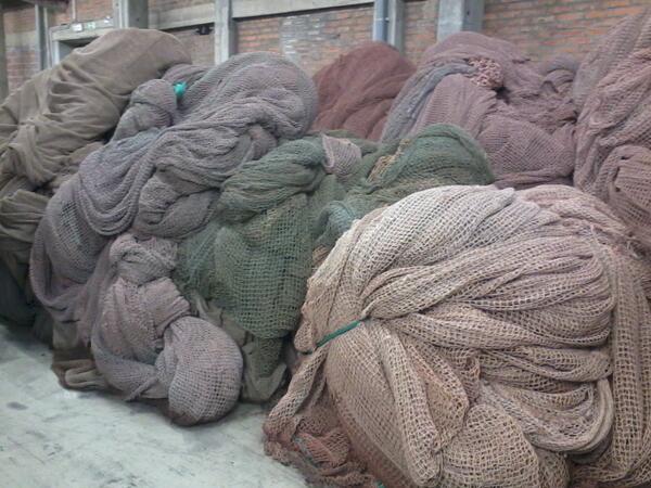 #hske da queste reti da pesca recuperate verrà prodotto nylon 6, utile per indumenti, tappeti, costumi. #lubiana http://twitter.com/marinopetrelli/status/386517490815090688/photo/1