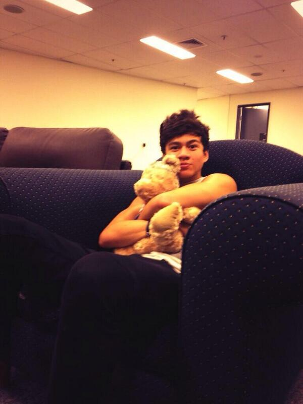 Reasons to smile on twitter quot calum hood and his teddy http t co