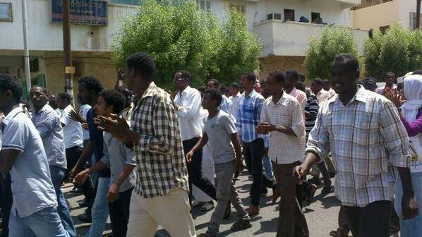 Port Sudan Now #Sudan #SudanRevolts http://twitter.com/Namaa0009/status/383190152543080449/photo/1