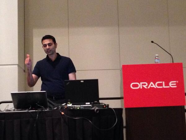 Meghal Jatakia , SVP @bankofamerica talking about delivering productivity and efficiency with help of #em12c #oow13 http://twitter.com/aakela/status/383342003326431232/photo/1