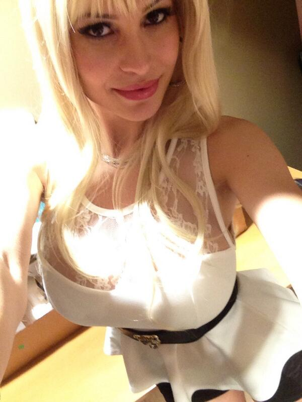 Bella French  - I will miss twitter @bellafrench69 camgirl