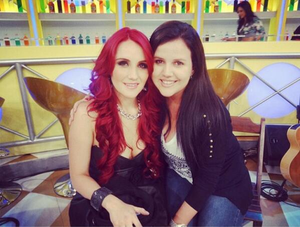 Dulce Maria. [9] - Page 38 BVJlNmbCEAAC61-