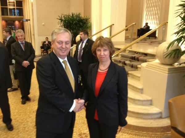 #EU High Rep #Ashton meets Brazilian FM Luiz Alberto Figueiredo Machado in margins of #UNGA http://twitter.com/EUHighRepSpox/status/383599457217953793/photo/1