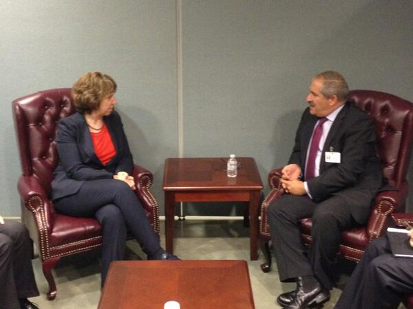 #EU High Representative #Ashton meets Jordanian Foreign Minister Nasser Judeh in margins of #UNGA http://twitter.com/EUHighRepSpox/status/383622540276400128/photo/1