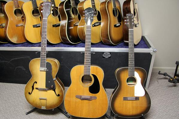baxendale guitar on twitter baxendale conversions for sale l r silvertone archtop 800. Black Bedroom Furniture Sets. Home Design Ideas