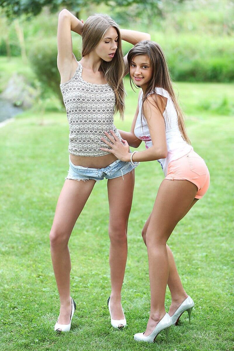 Anjelica and caprice