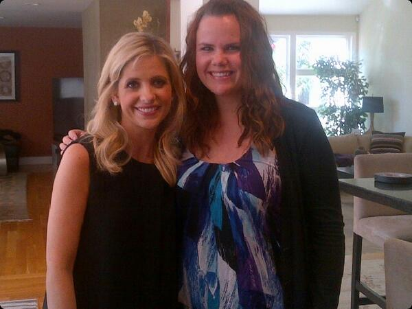 With my girl, the beautiful Sarah Michelle Gellar #childhoodhero #Buffy #bucketlist #sweetheart http://t.co/umL5uekbCu
