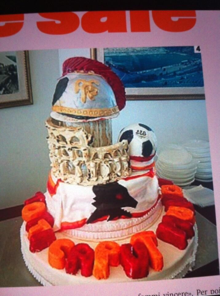 Roma make giant elaborate birthday cake for Captain Totti in Colosseum design