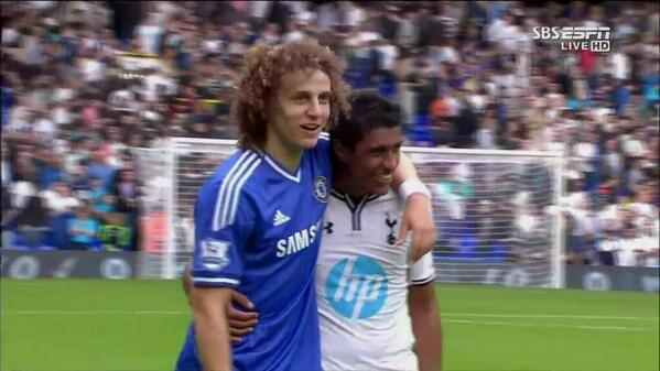 David Luiz celebrates playing against Paulinho with great Instagram pics [Spurs 1   Chelsea 1]