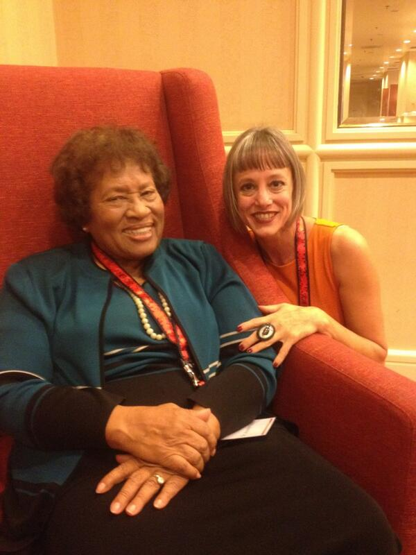 Gossiping about the Clintons with Dr. Joycelyn Elders. #ccon #cconCK http://twitter.com/LynnComella/status/384440537584902144/photo/1