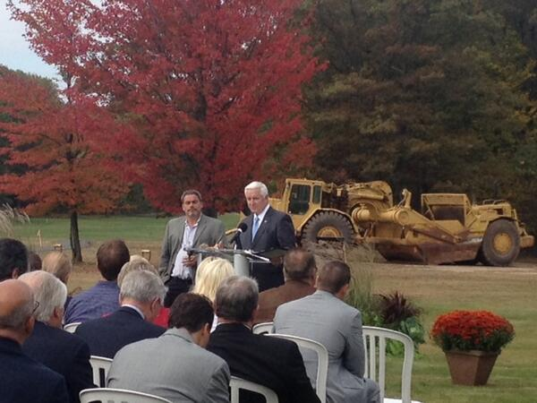 PA Gov. Corbett at Kalahari Resorts groundbreaking