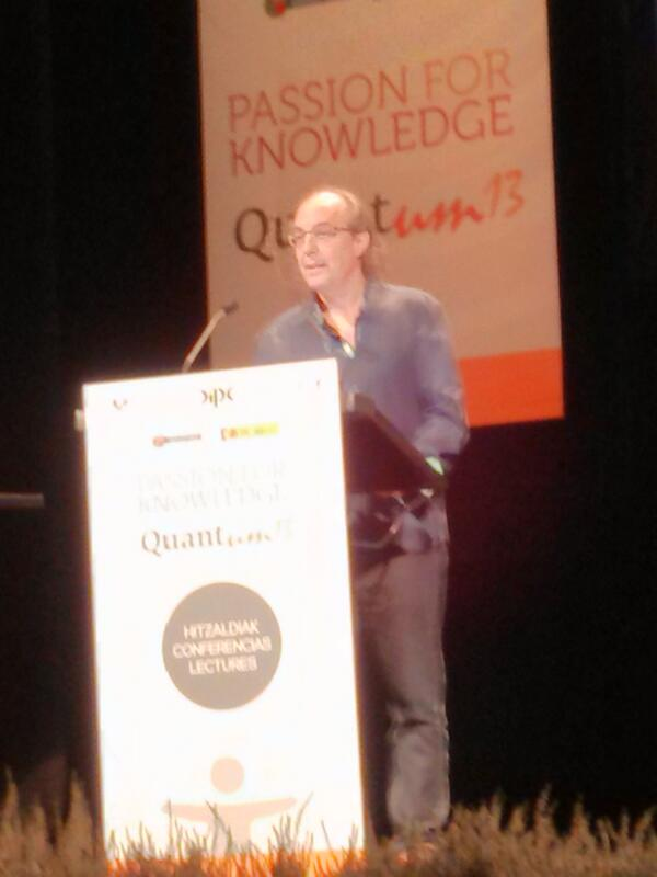 Jose Ignacio Latorre en #Quantum13 diciendo que no le gusta el Higgs http://twitter.com/rafasith/status/385163402773270529/photo/1