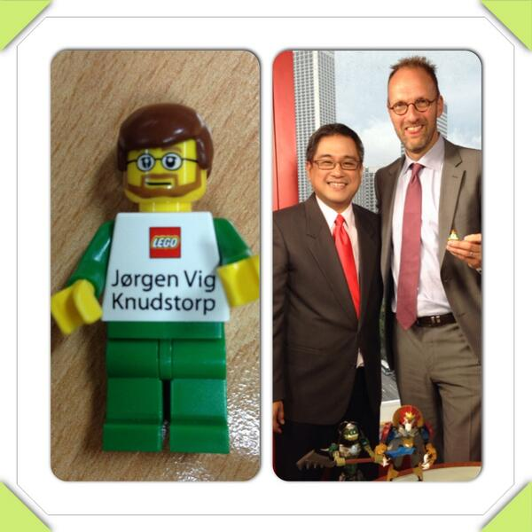 Rico hizon on twitter awesome business card from the ceo of lego rico hizon on twitter awesome business card from the ceo of lego jorgen vig knudstorp httpth4lhrboucp httptp2uik91yaa colourmoves Image collections