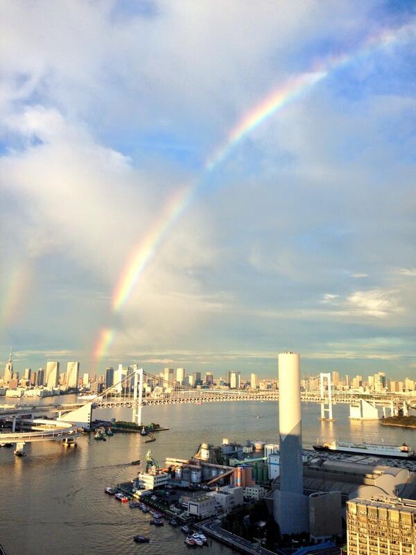 レインボーブリッジと虹