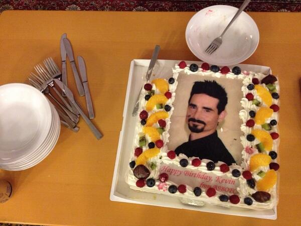 Kevin Richardson On Twitter Just Had Some Of My B Day Cake Thank