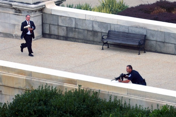 First photos from the Capitol http://wapo.st/18UO3hQ http://twitter.com/washingtonpost/status/385842029764546560/photo/1