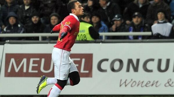 PSVs 19 year old wonderkid Memphis Depay scores beautiful golazo; Gets first call up to Holland squad
