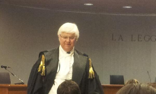 Processo Meredith, l'avvocato Luciano Ghirga ( difesa Knox) #Meredithnazione http://twitter.com/qn_lanazione/status/386030980936388608/photo/1