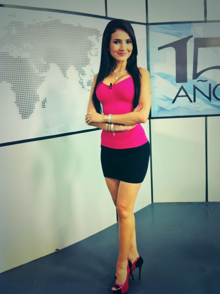 Presentadora de tv azteca - 1 part 8