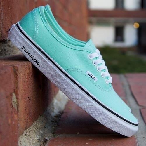 vans azul verdoso
