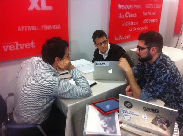 La squadra di @wireditalia agli hackdays di Roma #editorslab http://twitter.com/tedeschini/status/386419091734818816/photo/1