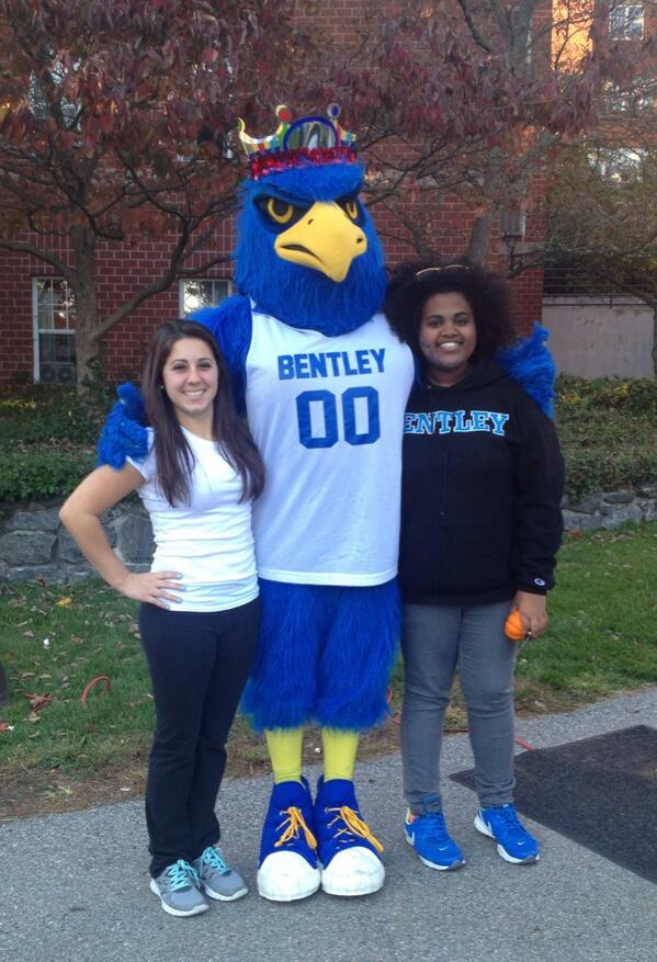 #HBDFlex winners Jenny and Sophia were at Falcon Fest to pose for a birthday picture with Flex! http://twitter.com/bentleyu/status/391311155505164288/photo/1
