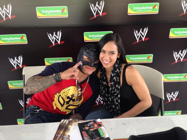 Photo: AJ Lee And Rey Mysterio - WrestlingInc.com