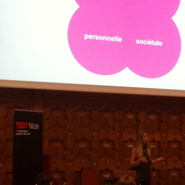 @claireperadotto ce faire du bien avec optimisme #TEDxNice http://twitter.com/CorinneMeynier/status/391468145388818433/photo/1