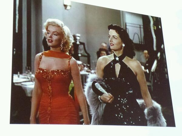 Pamela Church-Gibson has ended with the *glorious* costumes in Gentlemen Prefer Blondes. #shootingstyle http://twitter.com/lipsticklori/status/391505845273788416/photo/1