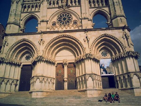 #lamejorcatedraldeEspaña es la de Santa María y San Julián de Cuenca. http://twitter.com/samuelcapri/status/387536442828013568/photo/1