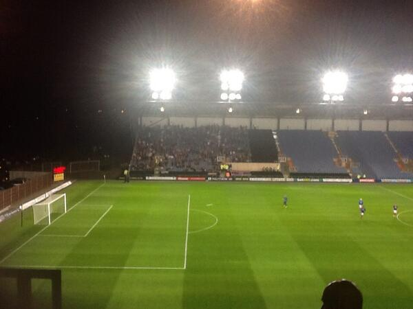 We're in danger of being out-numbered. Although tbf, it's their only chance for success this season. #oufc http://twitter.com/bigbananaboys/status/387649436173623296/photo/1