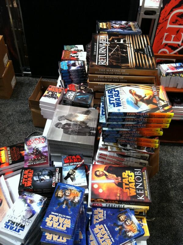 Do you think we brought enough Star Wars books for our booth bookstore? There's more still in boxes. #NYCC http://twitter.com/DelReyStarWars/status/388001974891061248/photo/1