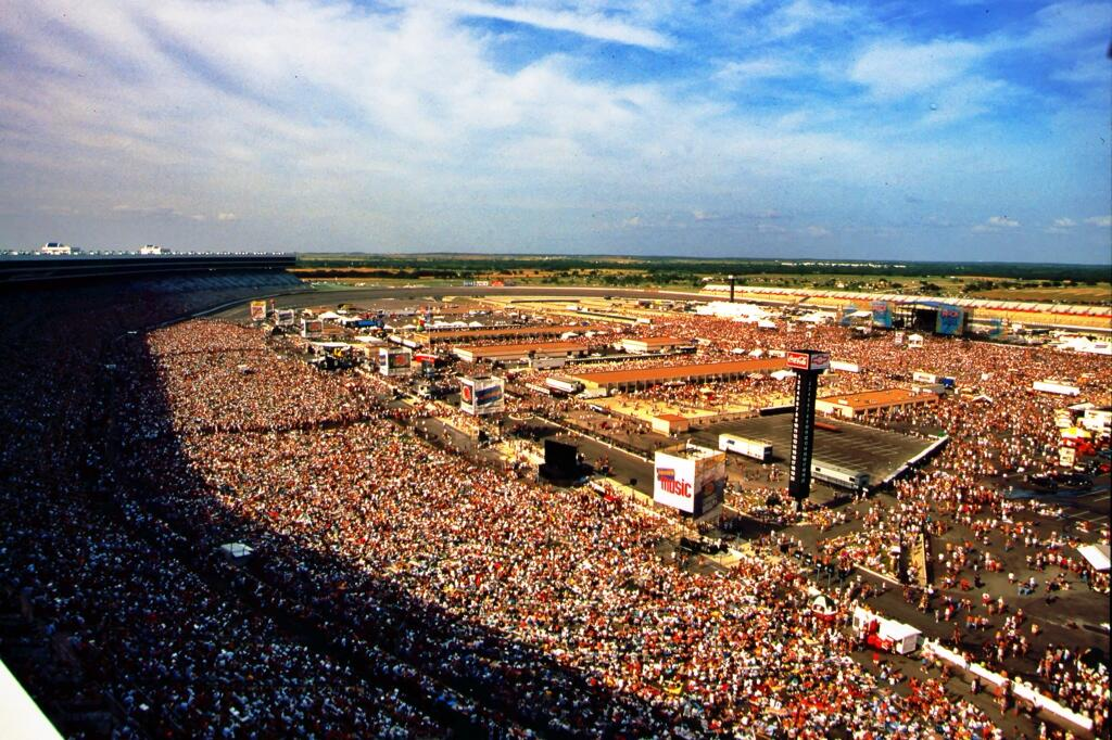Texas motor speedway on twitter throwbackthursday for Camping at texas motor speedway