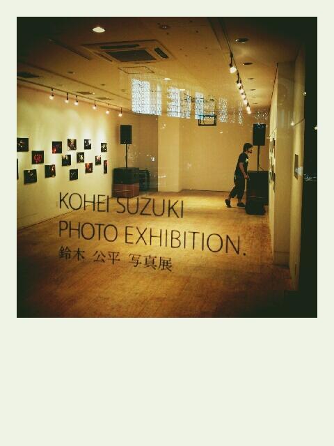 写真展オープンしました!#REDLINE http://t.co/CSVcFfXn8O