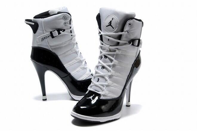 Twitter / MissStean: My shoe! It's been that sort ...