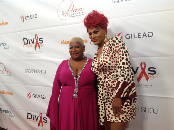 """Flame still doing it?! Love flame!!! """"@DivasSimplySing: #Divas23 red carpet: @Luenell and Flame. http://twitter.com/DivasSimplySing/status/389234654701576192/photo/1"""""""