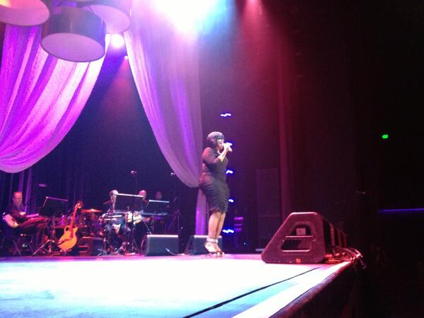 #Divas23 performer @KellyPrice4Real http://twitter.com/DivasSimplySing/status/389317288970559488/photo/1