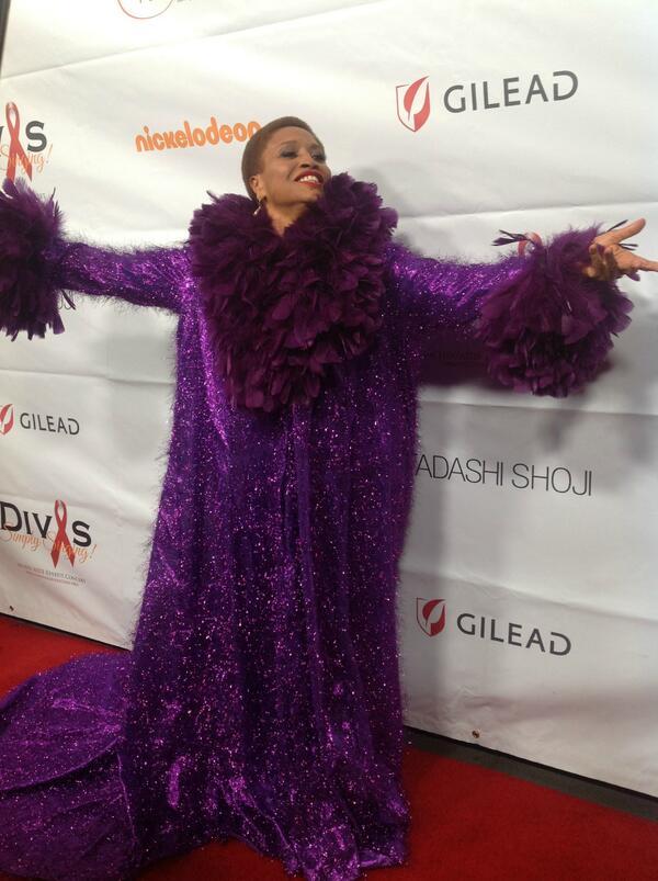#Divas23 red carpet: @JeniferLewis http://twitter.com/DivasSimplySing/status/389331624543805441/photo/1