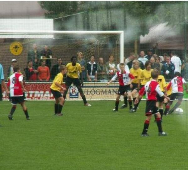 Romelu Lukaku confirms on Instagram that he was 12 in crazy Lierse Feyenoord picture