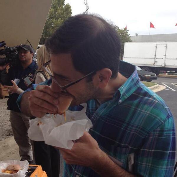 Hanging with radio friends @ncstatefair media lunch! @joeovies devouring the Krispy Kreme sloppy joe! #deepfriedlunch http://twitter.com/wral_at_fair/status/389787285736013824/photo/1