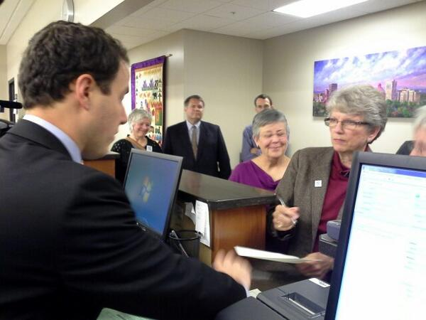 Reisinger registering the first license, withholding signature until gets opinion from AG Cooper. #avlnews http://twitter.com/DavidForbes/status/390087438825050113/photo/1