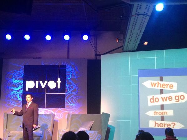 Helping people make decisions is how social media moves business forward! @briansolis @pivotcon @inpwrd  #pivotcon http://t.co/wJ6cvgqUyh