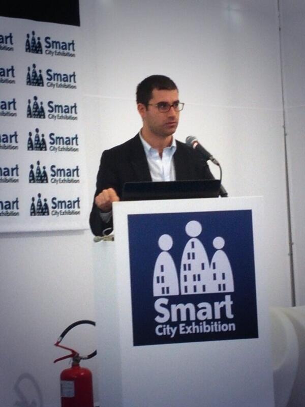 #sce2013 presentazione in corso @SmartDMO @domenicoros http://twitter.com/calabriativi/status/390389179571793920/photo/1