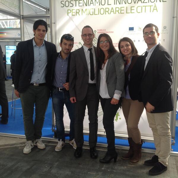 Facce da #Socialinnovation a #SCE2013  @antonio_cosma @LUCALANGELLA1 @domenicoros @SmartDMO @gennide http://twitter.com/PONREC/status/390428609799680001/photo/1