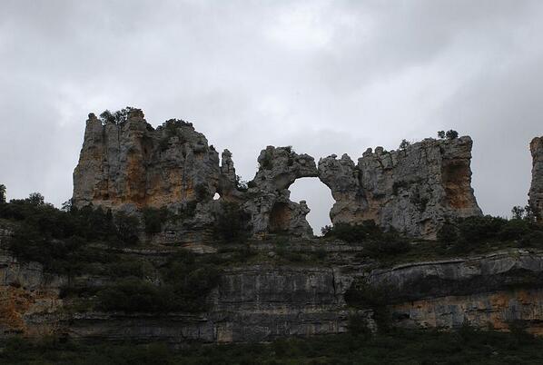 Mapa Orbaneja Del Castillo Burgos.Turismo Castilla Y Leon On Twitter El Beso De Los