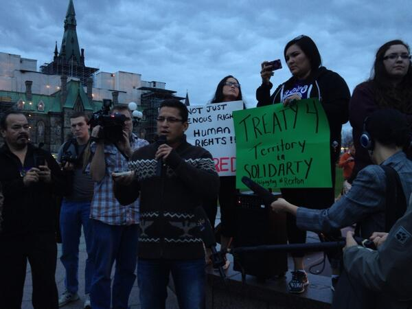 Pic #12 #Ottawa Solidarity protest with the #Elsipogtog First Nation and the #mikmaqblockade http://twitter.com/SmithSofia/status/390961469359013888/photo/1