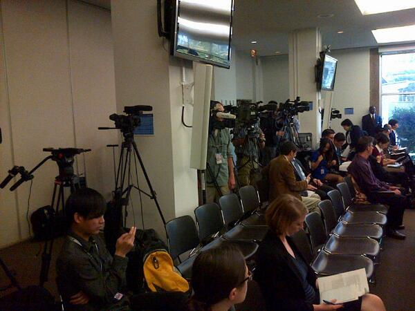 Lots of media at this North Korea Commission of Inquiry hearing: http://t.co/6Sd449zcDj
