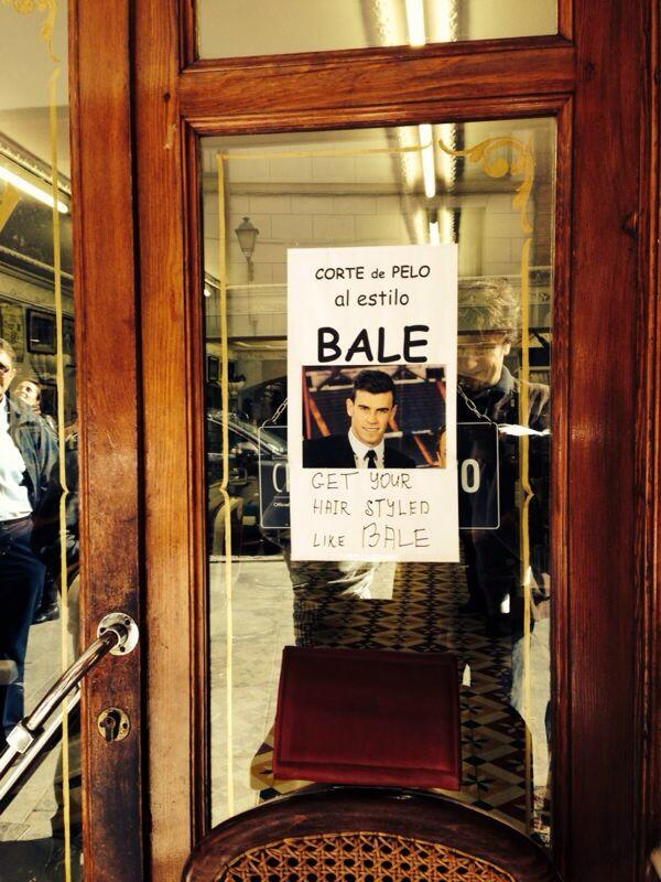 A hairdresser in Madrid offers his customers the Gareth Bale look